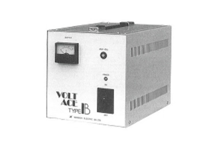 自動電圧調整器(AVR)